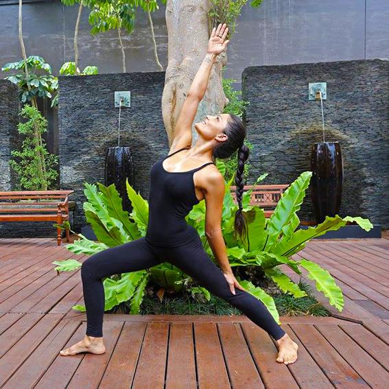 Yoga vindeca varice